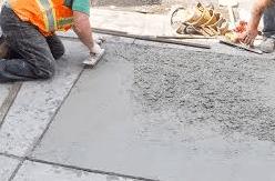 contractor-leveling-concrete